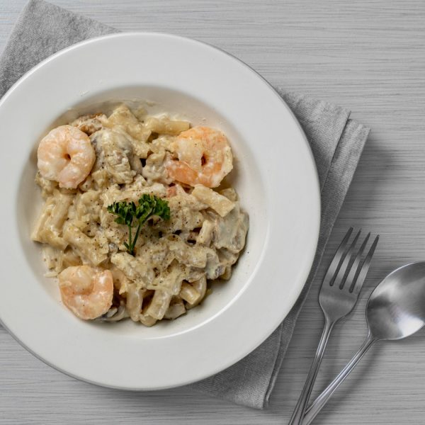 WHITE SAUCE SHRIMPS PASTA