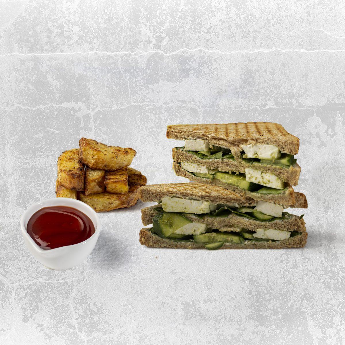 haloumi sandwich